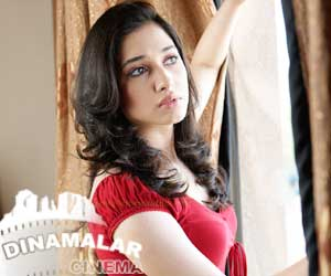 Actress Thamana change her name as Thamannaa