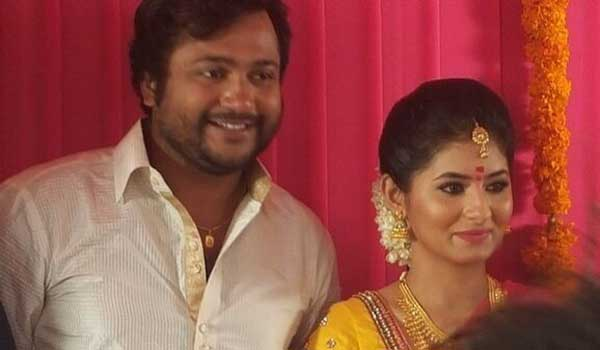 Bobby-Simha-engagement-with-Reshmi-Menon
