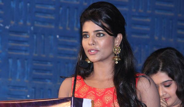 Aishwaryarajesh-spoke-about-actress-salary