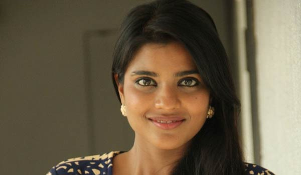 Tamil-actress-did-not-get-chance-:-Aishwaryarajesh-feeling