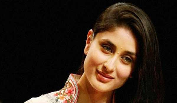 Kareena-is-happy-to-have-little-space-in-Bollywood