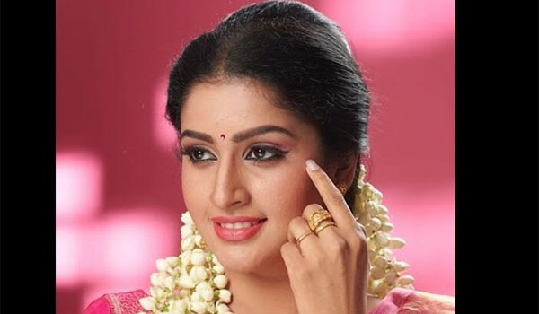 we-wont-talk-about-movies-in-home-says-the-granddaughter-of-the-actor-ravichandran