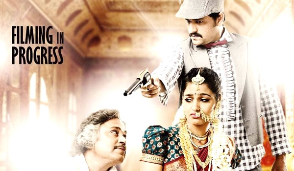 Vizhithiru-movie-send-revising-comittie
