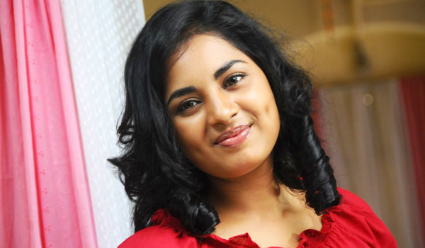 Srushti-Dange-to-debut-in-Malayalam