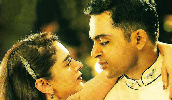 Kaatru-veliyidai-is-100-percent-love-story