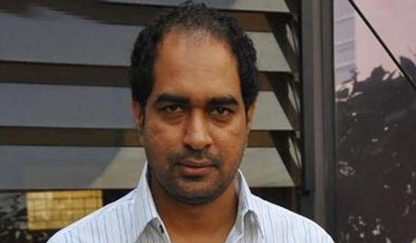 director-krish-to-take-a-historical-movie-again