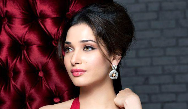 Tamanna-to-busy-in-Bollywood