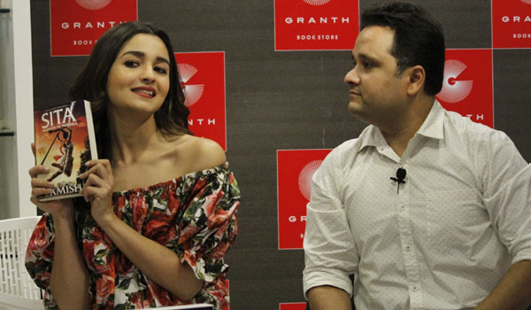 Actress-Alia-Bhatt-wants-to-play-role-of-Sita