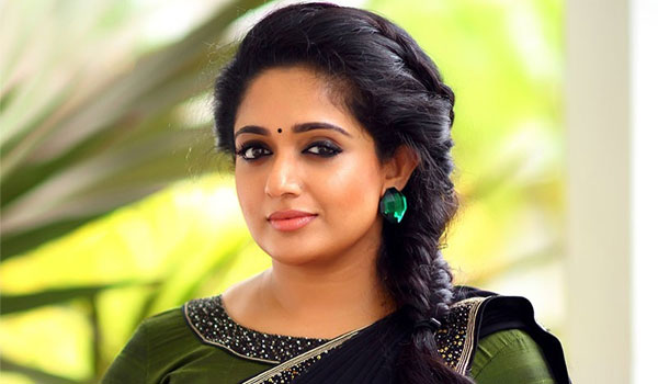 Police-enquiry-with-Kavya-madhavan