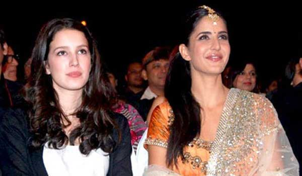 Katrina-Kaif-is-in-talks-with-Yash-Raj-Films-for-the-debut-of-her-sister-Isabelle