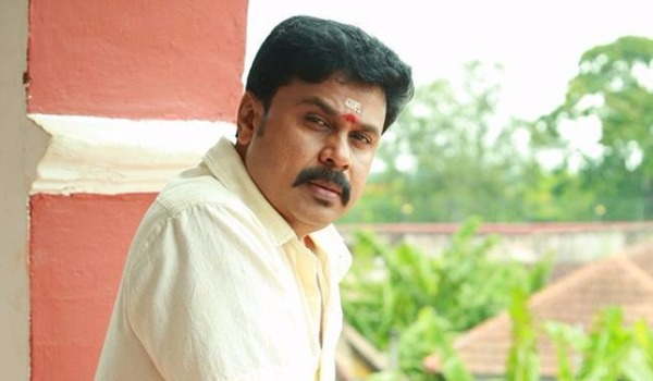 Ordinary-food-distributed-to-dileep-in-prison