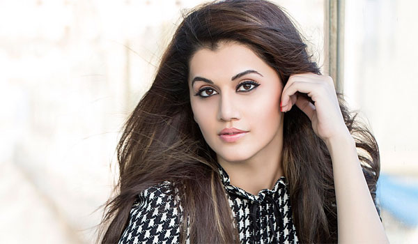 Tapsee-says-apology