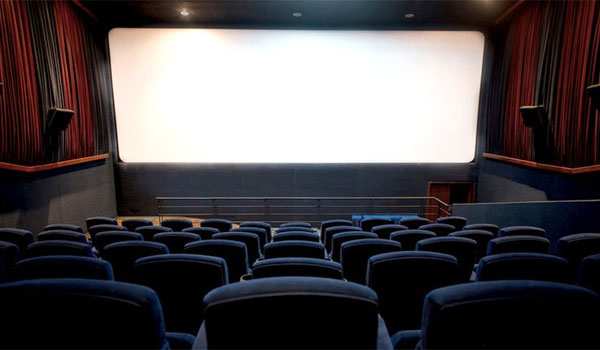 People-not-interested-to-see-movies-in-theatres