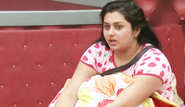 Namitha-happy-about-out-in-bigboss