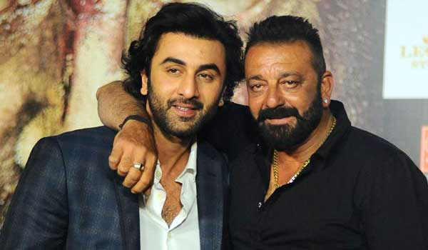 My-father-is-a-very-emotional-man-says-Ranbir-Kapoor