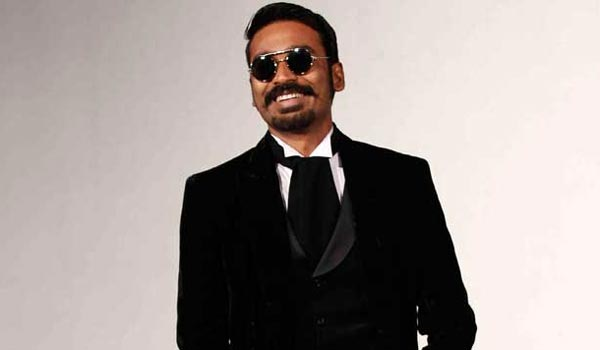 Dhanush-acting-as-Magician