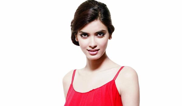 Screen-timing-doesnt-bother-me-says-Diana-Penty