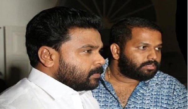 Dileep-congrats-Ramleela-director