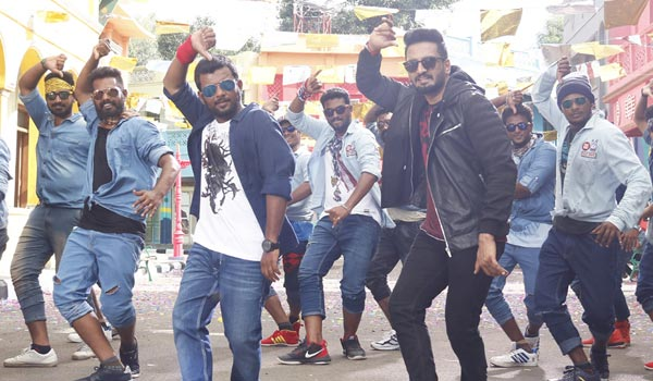 4-Dance-masters-dance-with-Santhanam