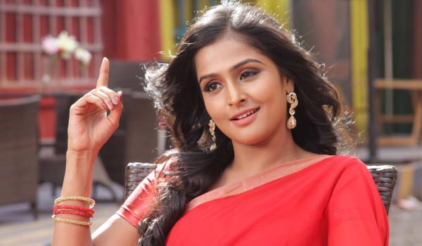 Ramya-Nambeesan-wants-50-percent-in-Nadigar-Sangam
