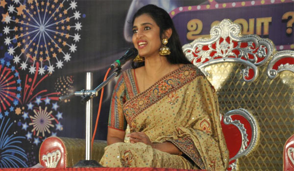 Actress-Kasthuri-may-joints-in-DMK
