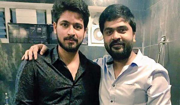 Harish-Kalyan-turn-as-singer-in-Simbu-music