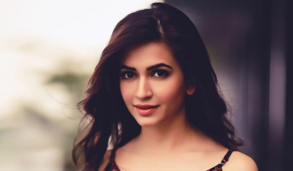 If-I-was-not-an-actress-then-I-would-have-been-a-house-wife---Kriti-Kharbanda