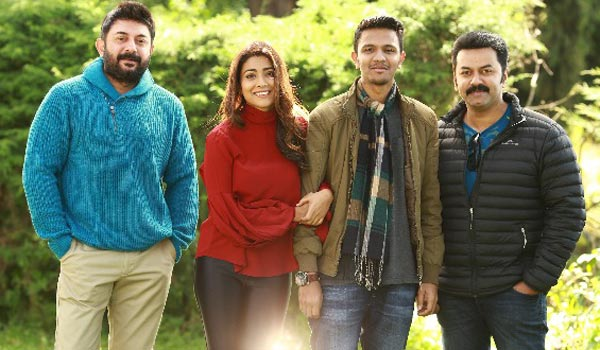 Indirajith-praises-Naragasooran-movie