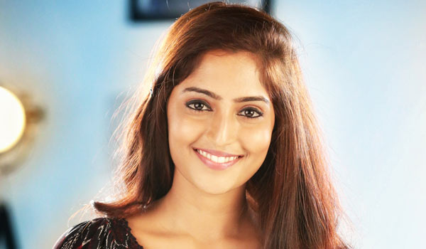 Reba-monica-john-to-debut-in-Tamil