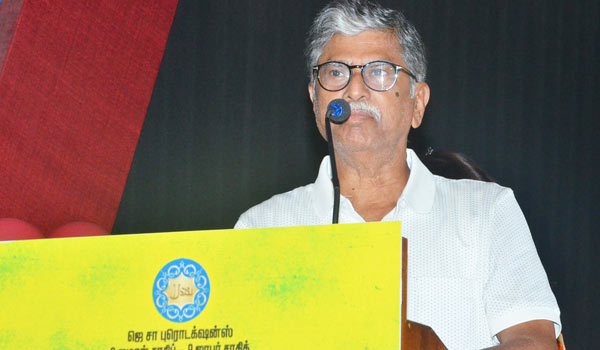 All-fans-be-unity-to-out-Pribe-Politicians-says-SA-Chandrasekar