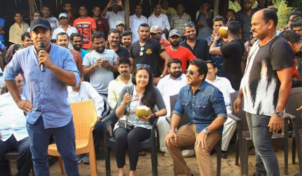 Suriya---Jyothika-at-Nivin-pauly-shooting