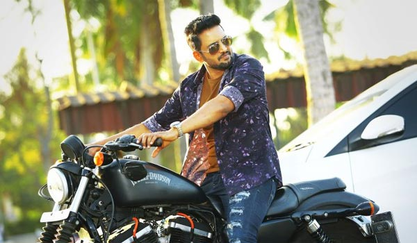 Women-loves-unemployed-men-says-Santhanam,