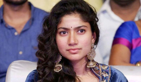 Did-Saipallavi-disrespects-Karu-Hero?