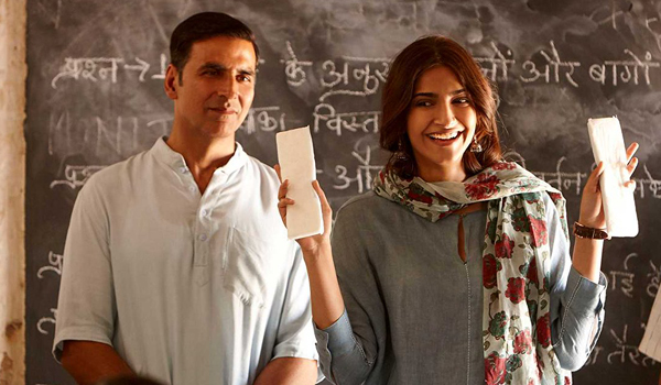 Film-Padman-has-collected-10.26-Crore-on-day-one