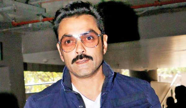 Bobby-Deol-has-been-approached-for-the-film-Housefull-4