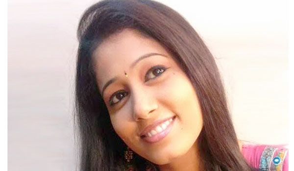 Telugu-VJ-and-newreader-Radhika-Reddy-commits-suicide