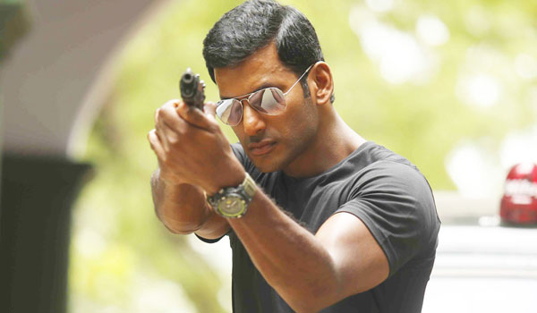 Vishal-fans-seeks-police-protection-for-Irumbuthirai-movie