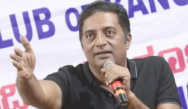 Karanataka-an-encounter-of-the-consititution-begins-says-Prakashraj