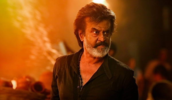 Fans-Troll-Rajini-for-Kaala