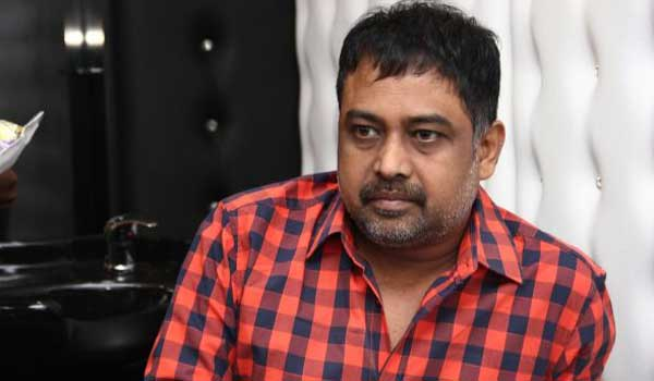 vettai-directoed-by-lingusamy-remaked-in-morre-languages