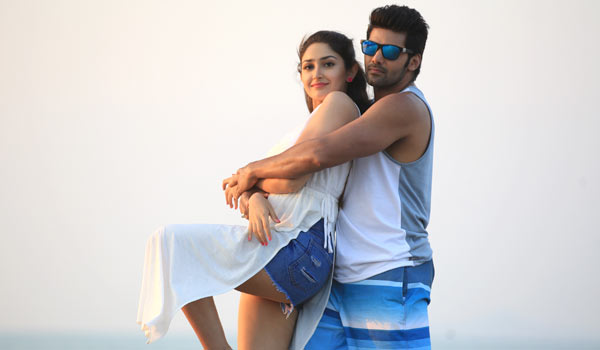 Arya-happy-about-Ghajinikanth