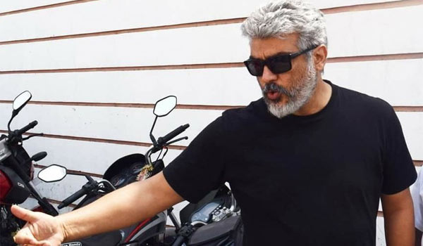Ajith-fight-in-old-get-up
