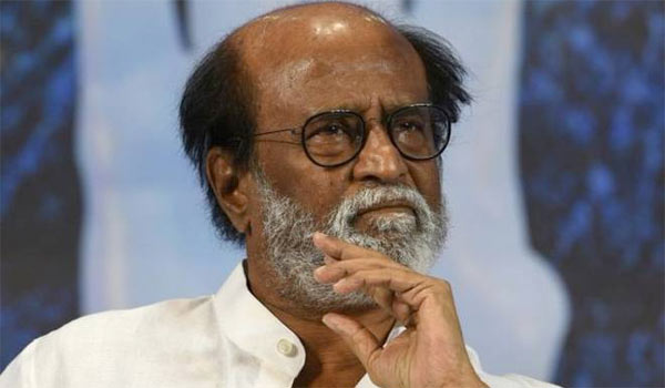Rajini-expresses-his-views-on-Sarkar-controversy
