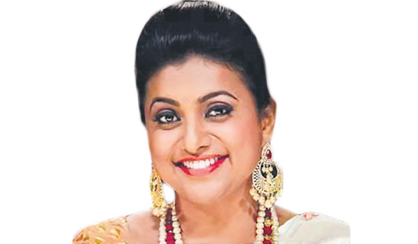 Actress-Roja-opened-cheap-and-best-mobile-restaurant