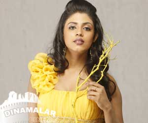 Iniya in Thangar Bachaan film