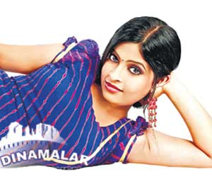 actress Karthika sister act in sembattai