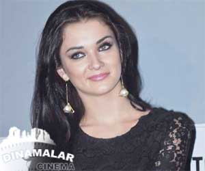 Amy Jackson hike her salary