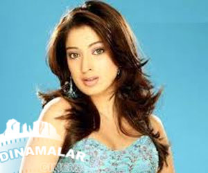 Lakshmi rai again paired with lawrence!