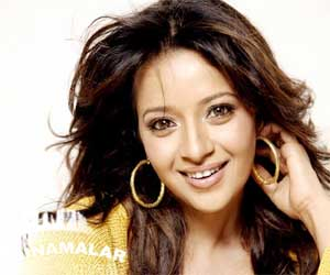 Reema sen searching for bold role