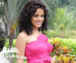 I am the only heroine in sattam oru iruttarai says piaa